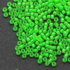 Toho Round 8/0 Luminous Neon Green [10g]