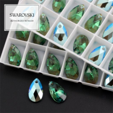 6106 Swarovski Pear-shaped Pendant 16mm Erinite Shimmer