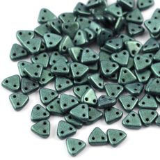 Triangle 6mm Metallic Suede Light Green [40szt]