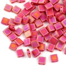 Miyuki Tila Beads 5x5x1,9mm Opaque Dark Red Matted AB [30szt]