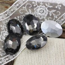 Kaboszon szklany owal faset black diamond 25x18mm