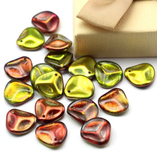 Rose Petals 14x13mm Crystal Magic Apple