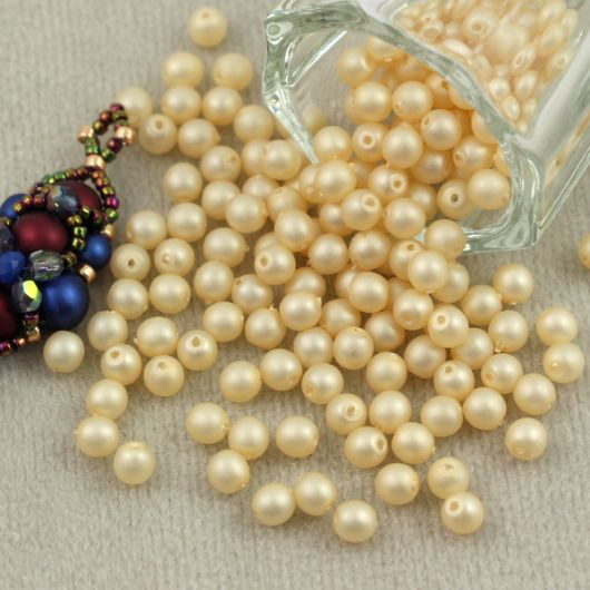 Round Beads Velvet Ecru 4mm [50szt]